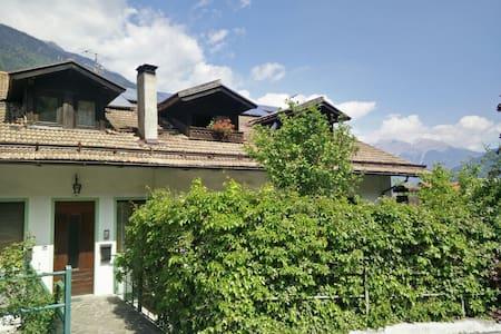 Accogliente mansarda a Bocenago- Val Rendena - Bocenago - Leilighet