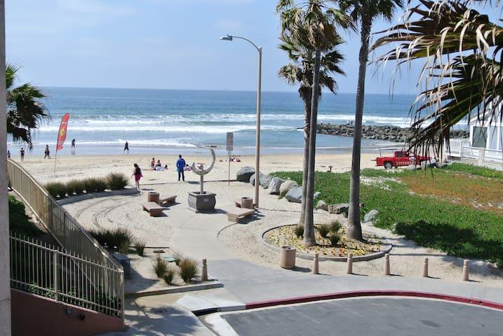 IB Ocean View beach Bum Condo! - Imperial Beach - Appartement