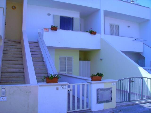 Appartamento indipendente a 300m dal mare - Torre Pali - Casa