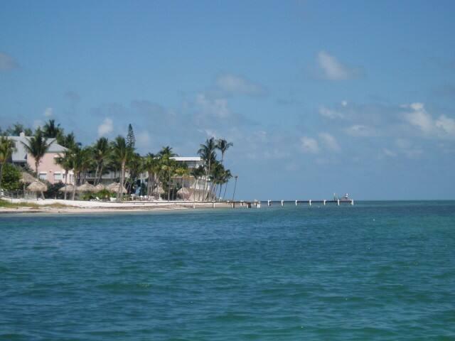 Oceanfront Keys Luxury Condo