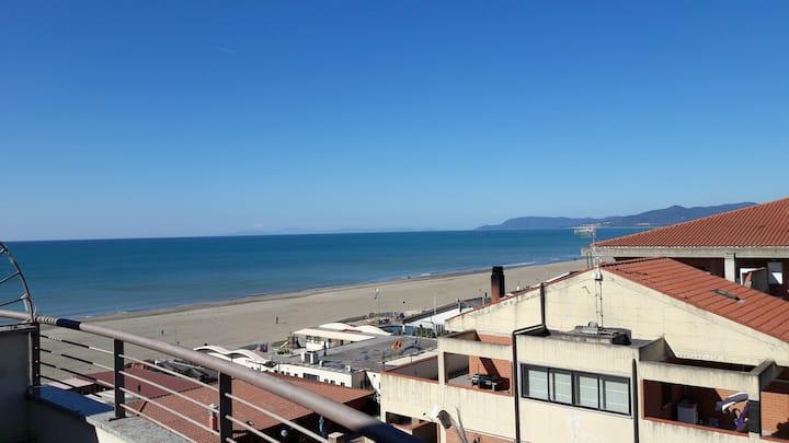 Panoramico appartamento  sul mare  - Mediterraneo