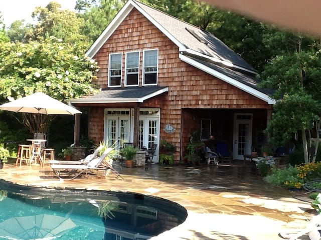 Zinnia Cottage, Pool, Roomy, Relax - Rock Hill - Hus
