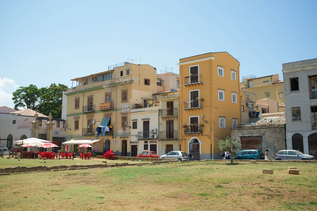 Acanto Bianco - Bed & Breakfasts for Rent in Palermo, Sicily, Italy