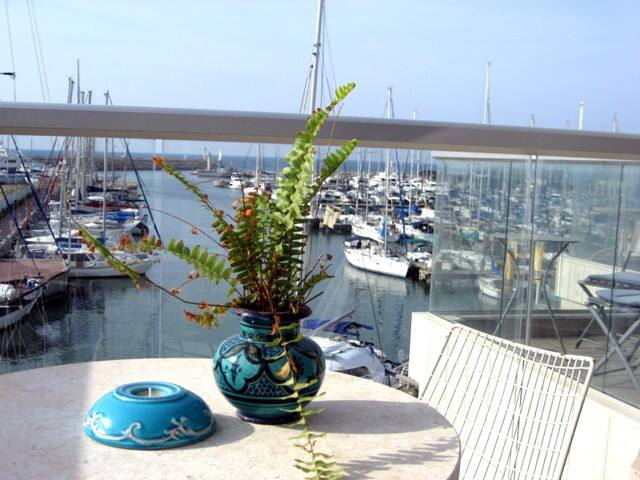 Waterfront charming vacation apt. - Herzliyya - Daire