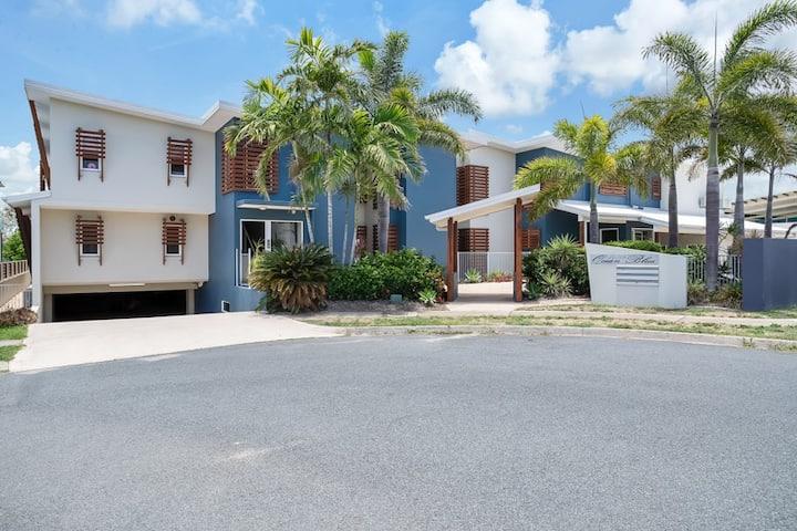 Marina Beach Holiday Home