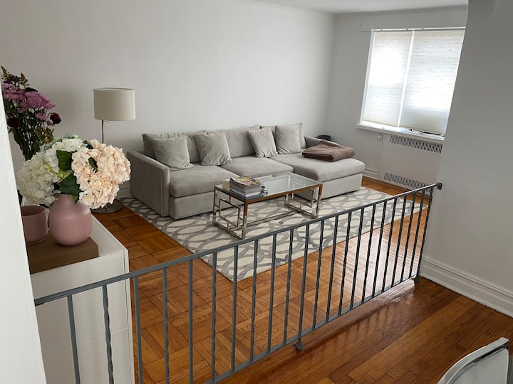 Spacious one bedroom - Prime Midwood