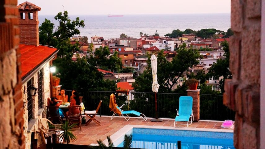 APARTMENT CIRCE pool with sea view!