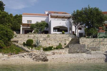 HOUSE TONKA - Korčula