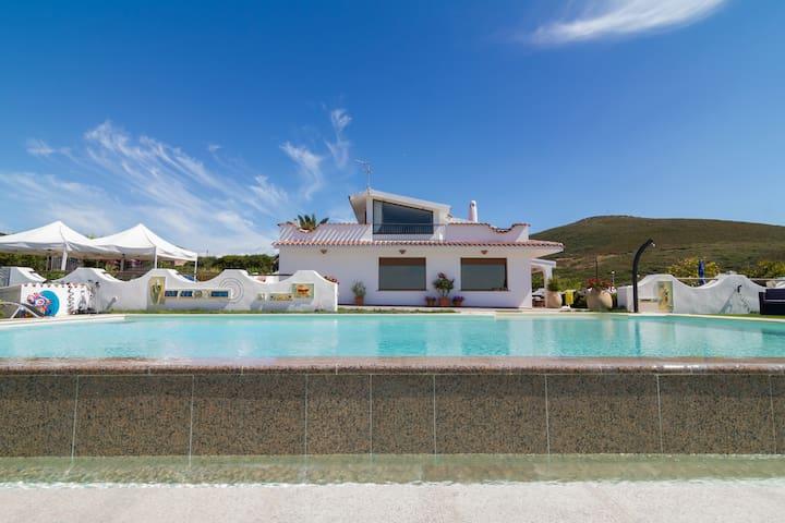 Appartamento in Villa con piscina.