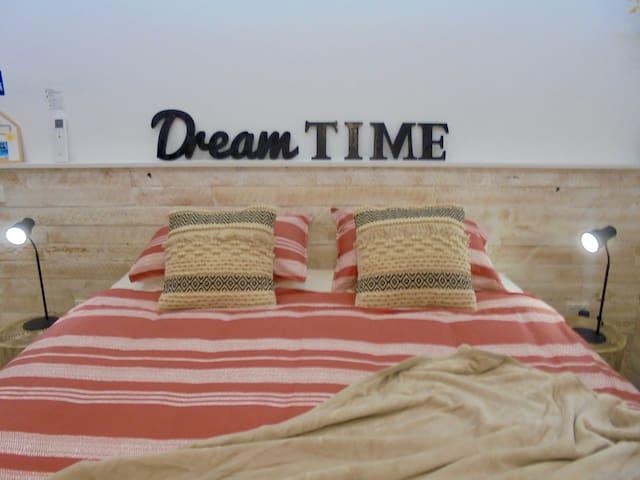 Dreamtime Studio @ Sapphire Beach- Nautilus .
