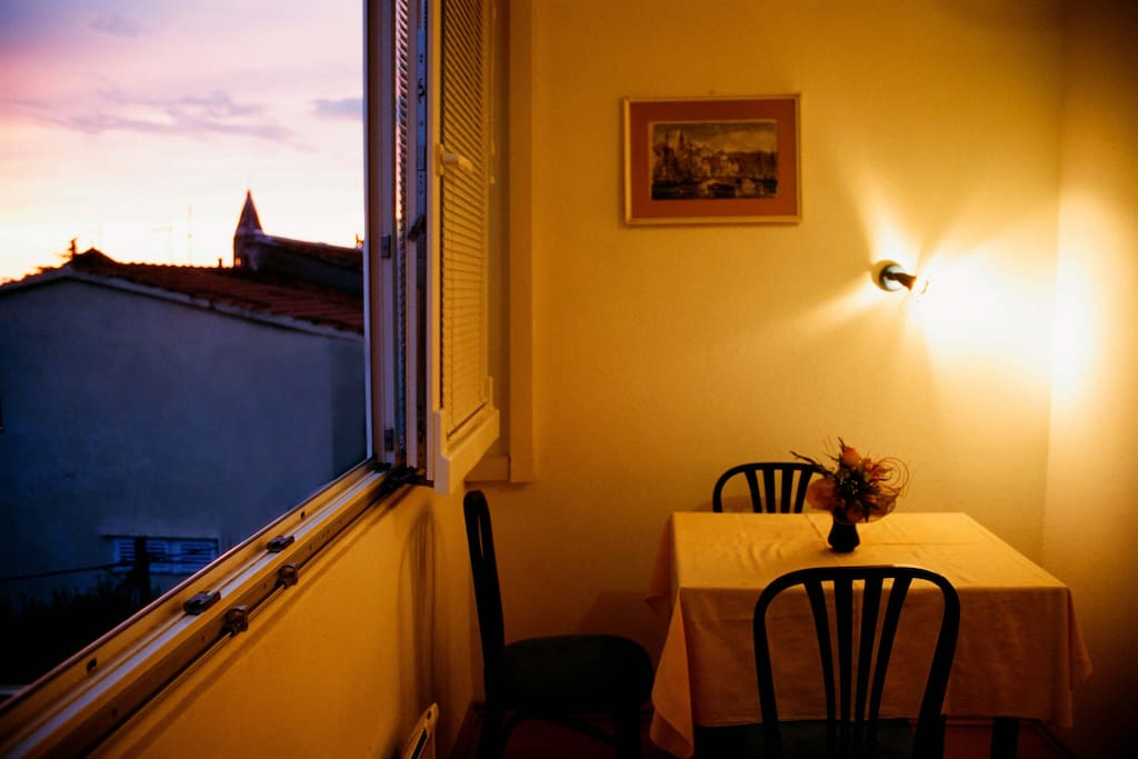 Apartment in the sunset