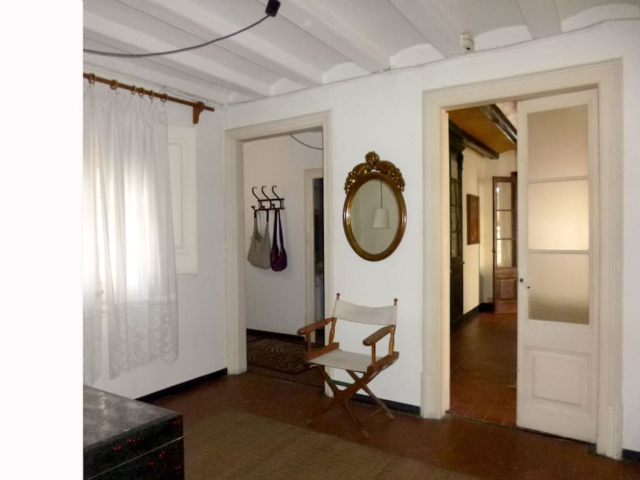 Comfortable room in a lovely flat appartamenti in for Affittare casa a barcellona