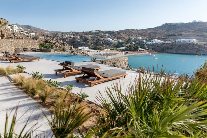 6-bedroom villa private pool, sea view, My Aktis