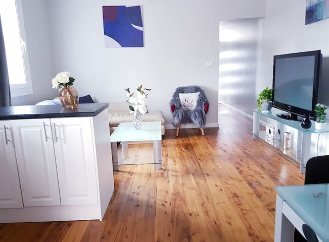 3 Bedroom Terrace in Sydney - for up to 7 people