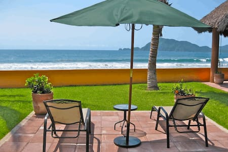On the Beach - Private House  - Manzanillo Municipality - Haus