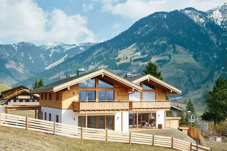 Luxury Alpine Chalet Apartment - Bad Hofgastein - Appartement