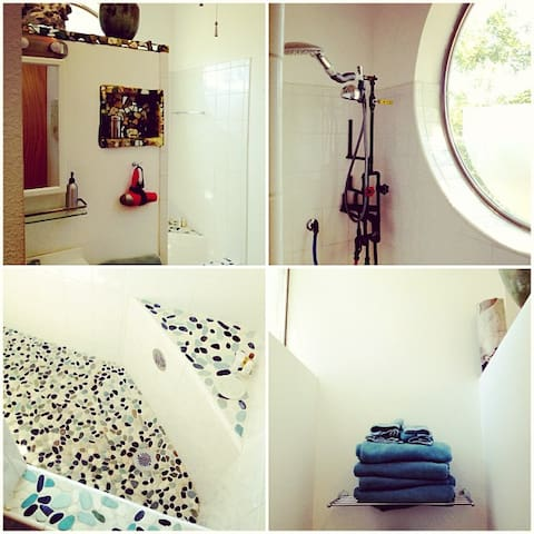A few views of the upper unit bathroom. Photo by: Nathalie Walsh