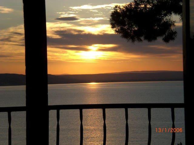 Étang & Camargue - superbe vue au calme - nature - Istres - Maison