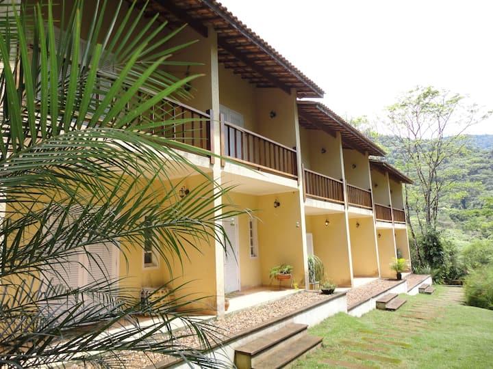 Casa em Maresias , 2 suites , piscina , tv a cabo