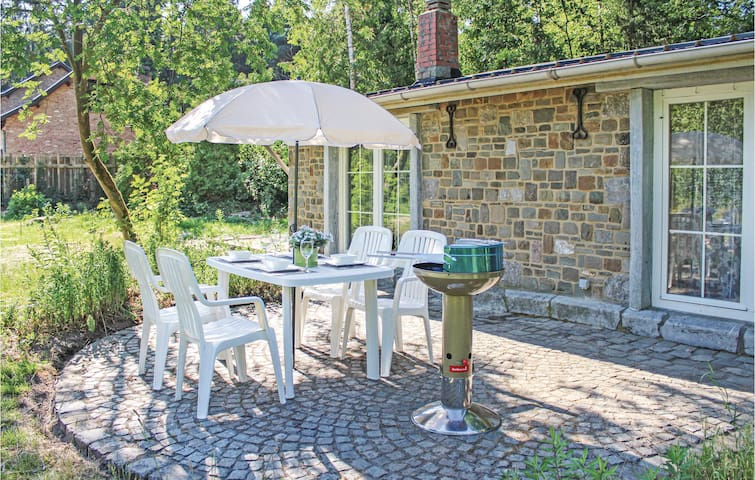 Holiday cottage with 1 bedroom on 75m² in Meeuwen-Gruitrode
