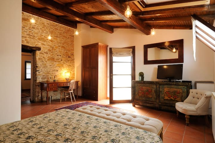Garlenda Country House B&B Suite