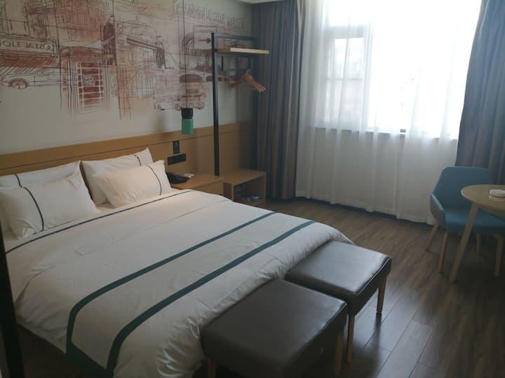精选大床房和精选双床房