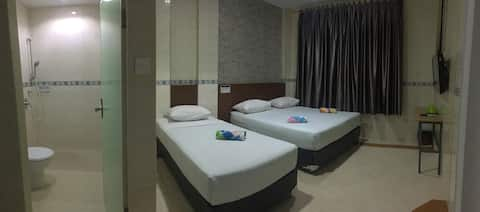 Cozy, Clean & Comfortable Stay 3pax