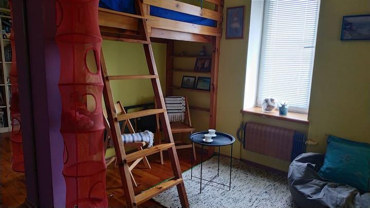 Комната в частном доме в центре города