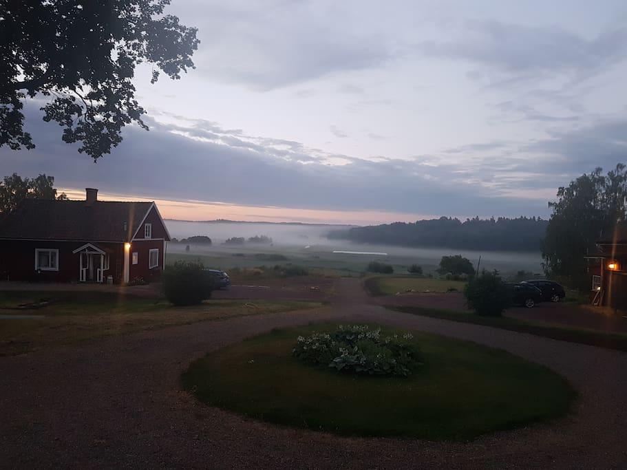 Sörgårdens gästhus i natursköna Åsbodalen