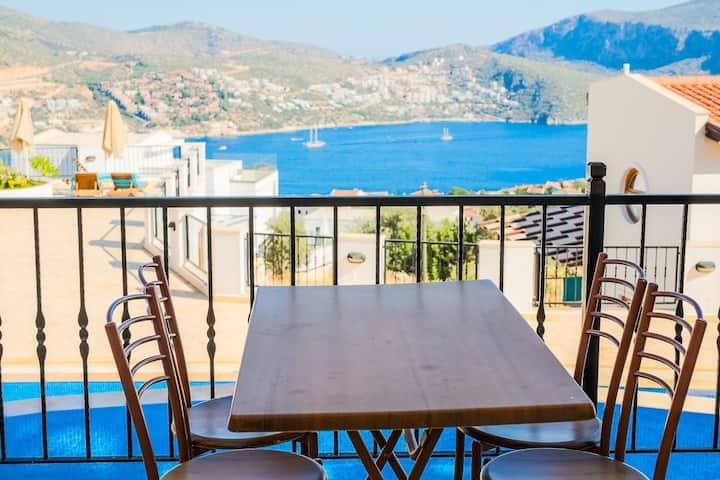 Stunning Views, Modern 2 Storey Apartment Kalkan