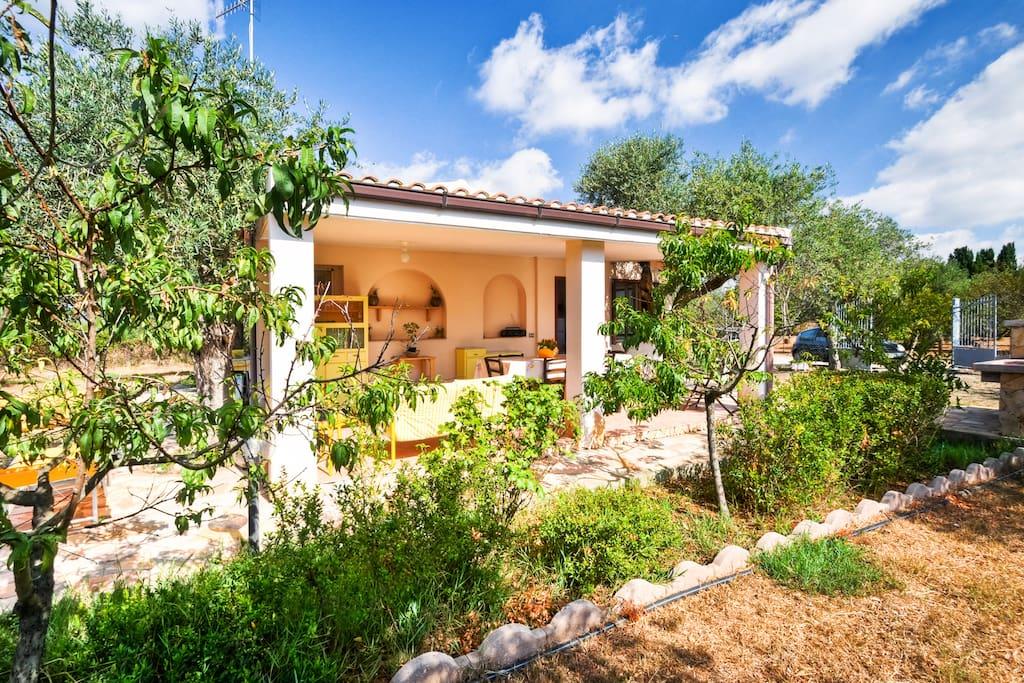 Indipendente casa di campagna case in affitto a alghero for Case affitto alghero privati