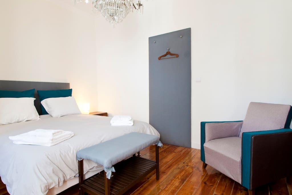 Tejo chambre avec petit d jeuner maison d 39 h tes louer for Chambre hote lisbonne