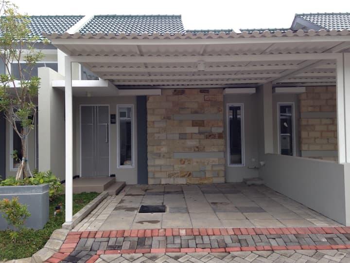 New & full furnished house@Surabaya