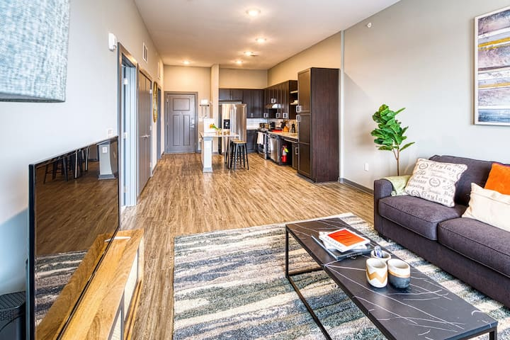 Kasa | Columbia | Breathtaking 2BD/2BA Apartment