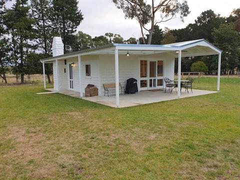 Netanya Cottage Farm Stay