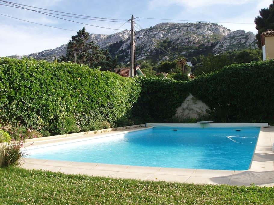 Villa proven ale avec piscine dans le 9 me villas for Maison a louer a marseille avec piscine