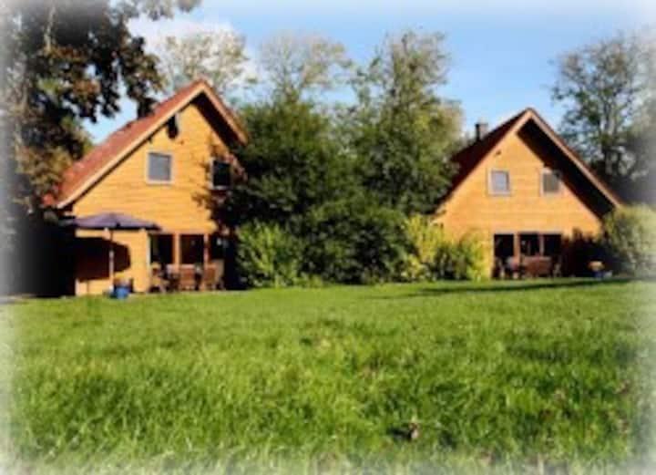 Holzhaus Fliederbusch auf dem Ferienhof Massow