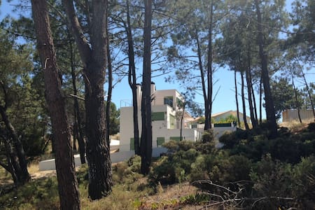 House near lagoon & ocean beaches at Praia do Meco - Casa