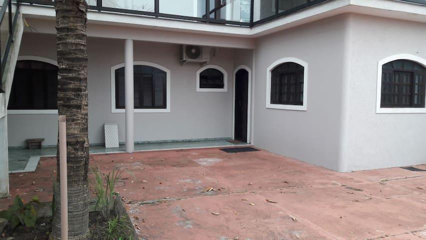 Casa da Neusa - Ilha Comprida/SP - Balneário Araçá