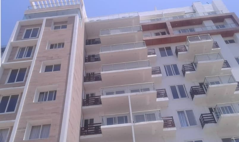 Beautiful 2 BR apartment in the heart of Osu