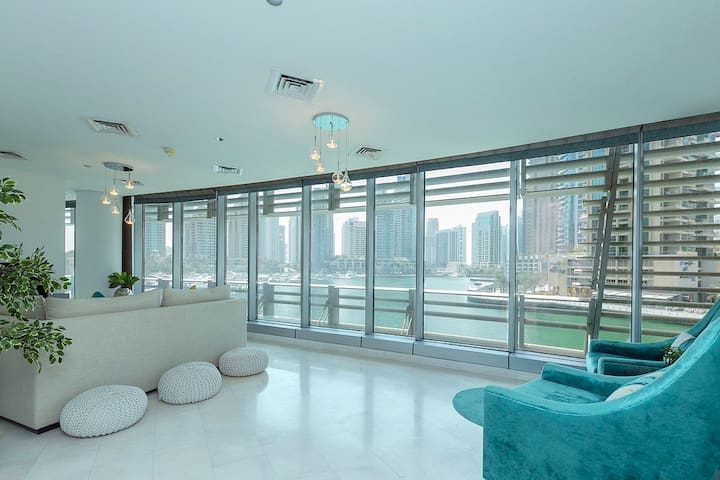 Excellent 1 BR in the Iconic Cayan Tower