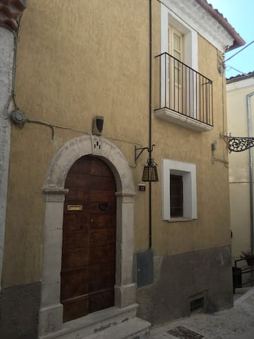 Pacentro, Italy Single Family Home 1 bedroom.