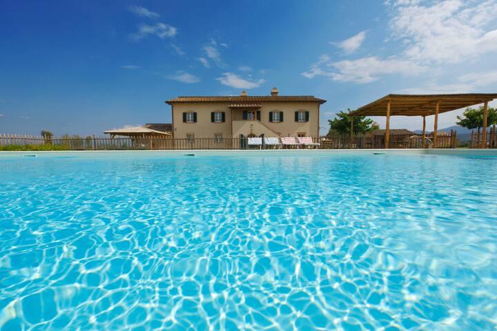 La piscina stagionale