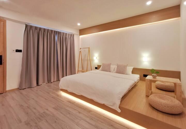 Cute little hotel in heart of Chiang Mai city-DD02