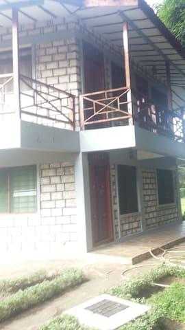 Waridi Cottage