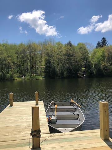 Serene Lake house at Upstate NY