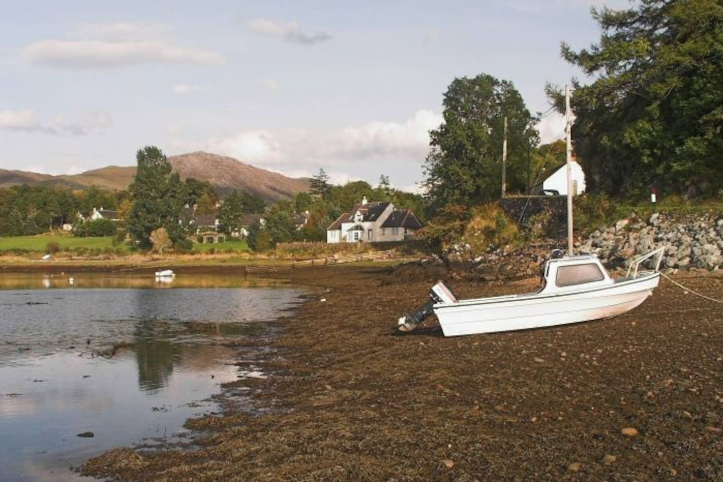 The back of Kirkton from the lagoon