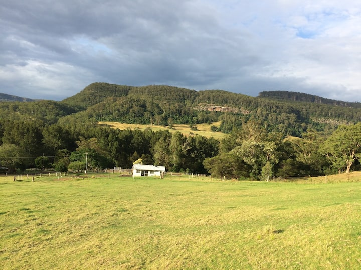 """Quirky with Views- """"The Tin Shed"""" @ Beauridge Farm"""