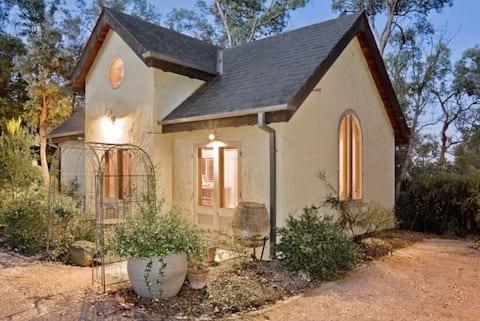 Tranquil Retreat, Yarra Valley edge