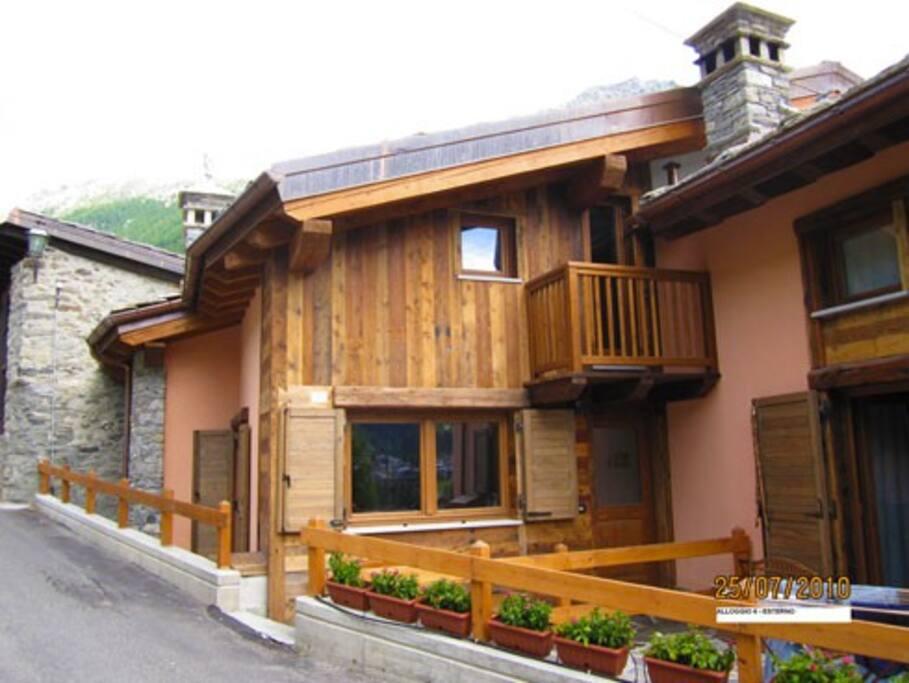 Le petit chalet chalet in affitto a la thuile valle d for Piani chalet sci